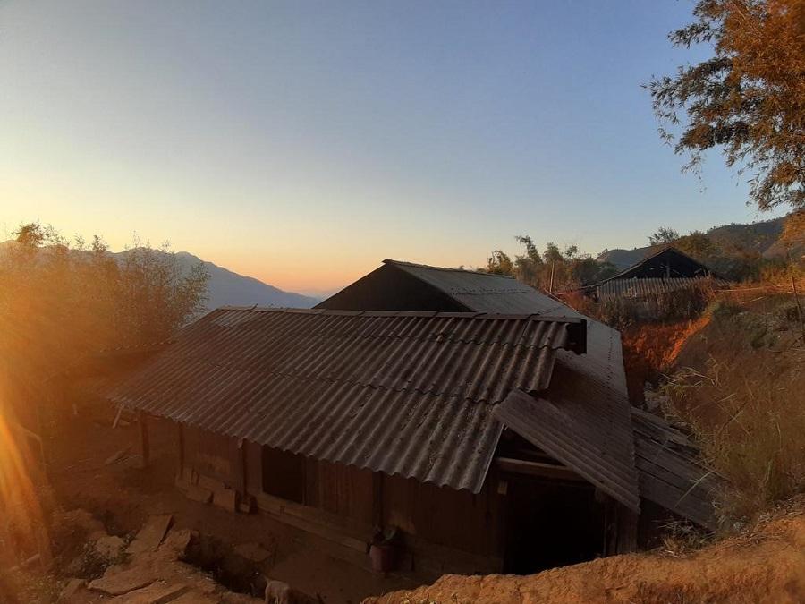Khung cảnh Indigenous House