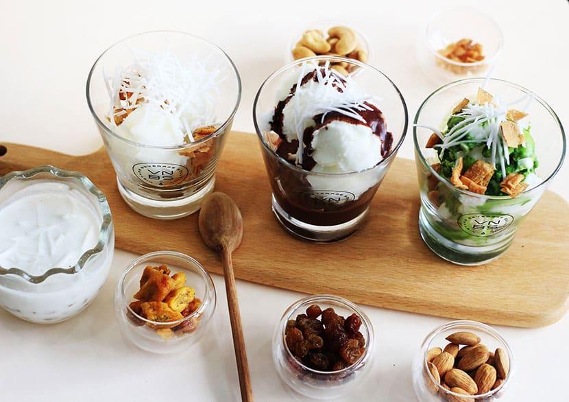 Sữa chua trân châu là món ăn không thể bỏ lỡ khi du lịch Hạ Long