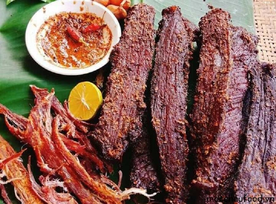 Thịt trâu gác bếp Na Hang