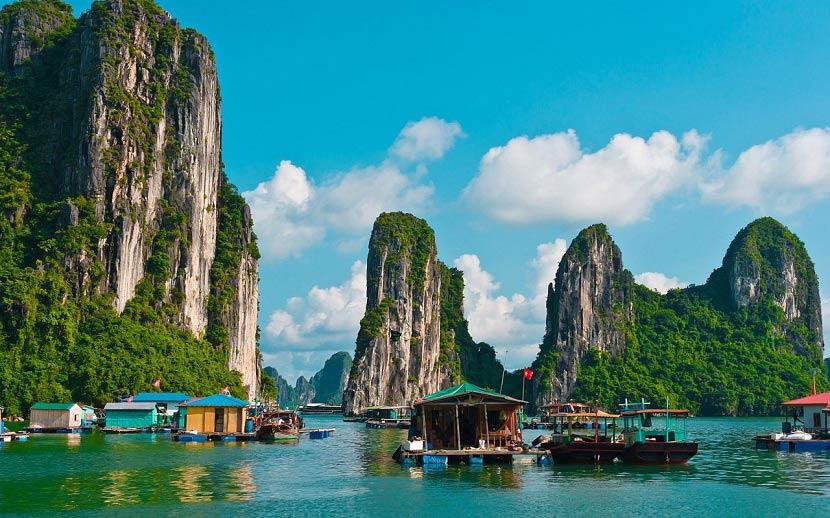 Trải nghiệm thiên nhiên hùng vĩ trên Vịnh Hạ Long