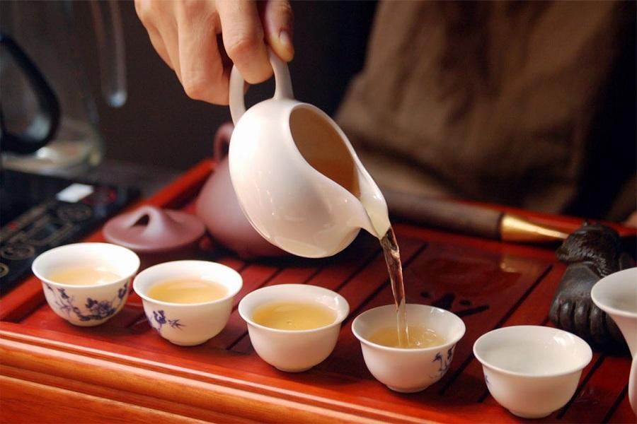 Thưởng thức chè hương vị thơm ngon của chè Tà Xùa