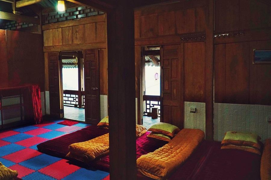 Phòng nghỉ tại Pơ mu Homestay