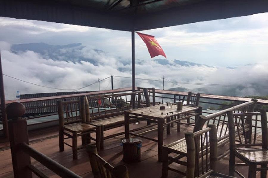 Đến với Ngỗng Hostel du khách có không gian riêng để nhâm nhi tách cafe và ngắm mây