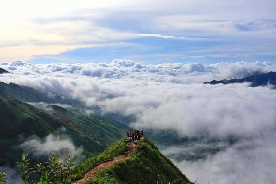 Trekking săn mây Tà Xùa