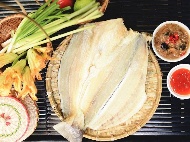 Cá dứa một nắng là món đặc sản thơm ngon lại giàu giá trị dinh dưỡng của TP. Hồ CHí Minh