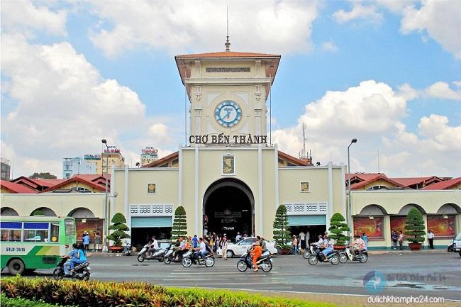 Chợ Bến Thành được xem là một trong những biểu tượng nổi bật nhất của Sài Gòn đối với khách du lịch trong và ngoài nước