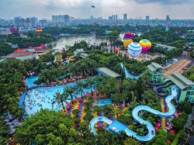 Công viên nước Đầm Sen là khu vui chơi được đầu tư vô cùng hoành tráng