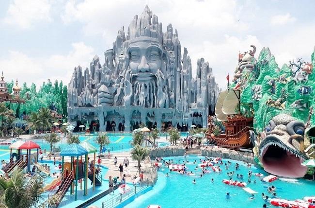 Khu du lịch văn hóa Suối Tiên là địa điểm vui chơi vô cùng hút khách, đặc biệt là vào mùa hè