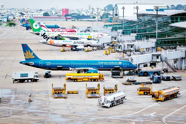 Máy bay là phương tiện tối ưu để bạn có thể đến trung tâm thành phố nhanh chóng và thuận tiện nhất