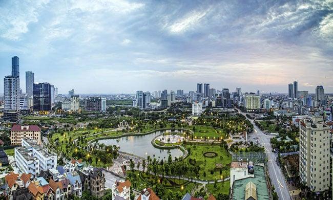 Hà Nội thuộc vùng châu thổ Sông Hồng với diện tích lớn nhất cả nước