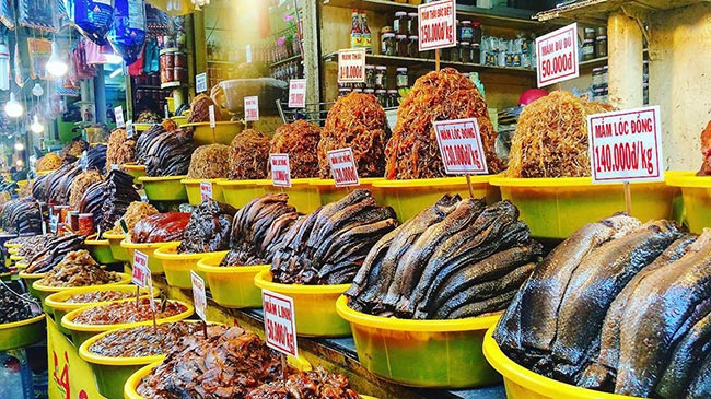Mắm Châu Đốc là món ăn đặc sản nổi tiếng