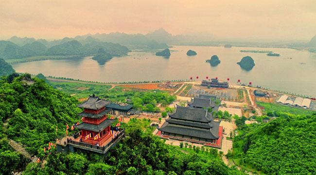 Tam Chúc - ngôi chùa với quy mô lớn nhất thế giới